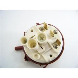 1529790709 ARTHUR MARTIN ASF2643A n°24 pressostat lave vaisselle