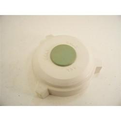31X1305 BRANDT n°29 Bouchon de bac a sel pour lave vaisselle