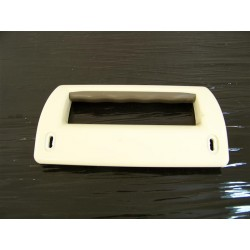 531011752437 ZANUSSI ZC249R n°32 poignée de porte réfrigérateur congélateur