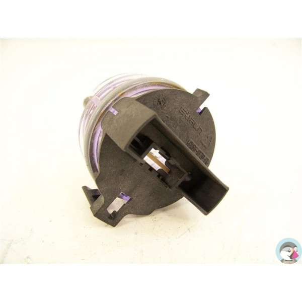 481227128537 whirlpool n 13 d tecteur de pr sence d 39 eau for Consommation d eau pour un lave vaisselle
