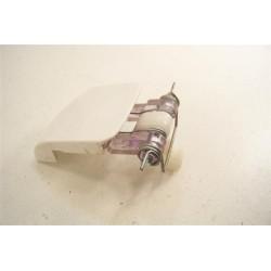 651027637 PROLINE VDP910N n°4 poignée de porte pour sèche linge