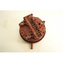 3792214615 AEG ELECTROLUX n°52 pressostat de lave linge