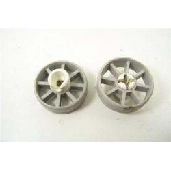 32X2978 BRANDT FAGOR n°38 roulette pour panier inférieur pour lave vaisselle