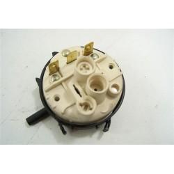 C00032079 SCHOLTES ARISTON MLI1200W N°44 pressostat pour lave linge