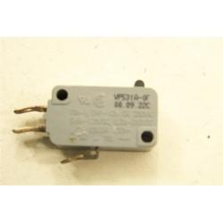 HAIER HR-6756T n°21 Switch VP531A pour four a micro-ondes
