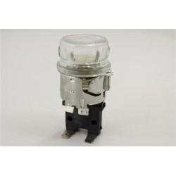 265100022 BEKO CSE67101GW N°7 Lampe douille pour cuisinière