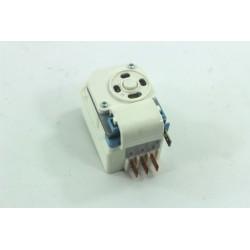 C00173680 INDESIT R45NFIS N°58 Minuterie de dégivrage pour réfrigérateur