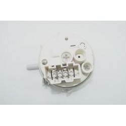 146095804 CURTISS TL400 n°81 Pressostat pour lave linge