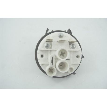 28375043 CANDY GCC580B n°3 Pressostat pour sèche linge