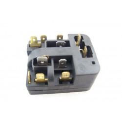 BRANDT BFU182SW n°30 Relais 6SP9028 pour réfrigérateur