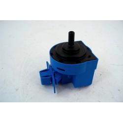 1328195019 ELECTROLUX EWT1266SSW n°39 pressostat analogique de lave linge