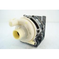 795210632 SMEG LSA6148B n°24 Pompe de cyclage pour lave vaisselle