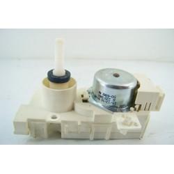 480140100022 WHIRLPOOL ADGSPACEIX n°24 clapet de distribution d'eau pour lave vaisselle