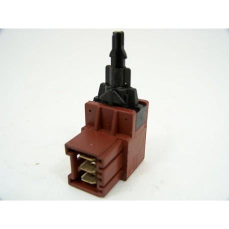 ARTHUR MARTIN AW804T n°10 interrupteur de lave linge