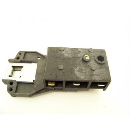 FAURE LFC579 n°3 sécurité de porte lave linge