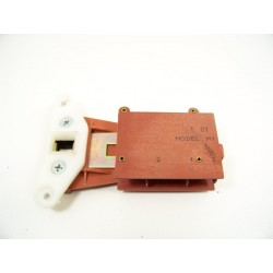 FIRSTLINE FL900CVA n°5 sécurité de porte lave linge