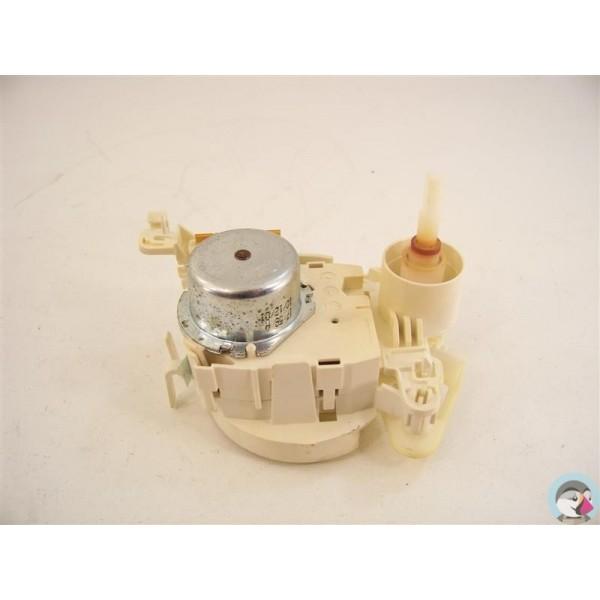 481228128418 whirlpool n 6 clapet de distribution d 39 eau for Consommation d eau pour un lave vaisselle