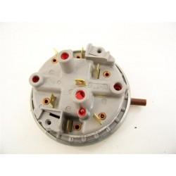 520003300 CURLING LF802T n°8 pressostat de lave linge