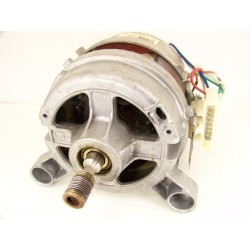 1247010000 FAURE LFV882 n°17 moteur pour lave linge