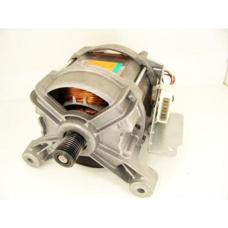 WHIRLPOOL AWO/D7452 n°10 moteur pour lave linge