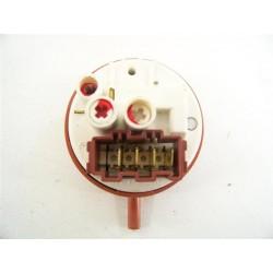 C00110332 ARISTON AQGF121FR n°32 pressostat pour lave linge