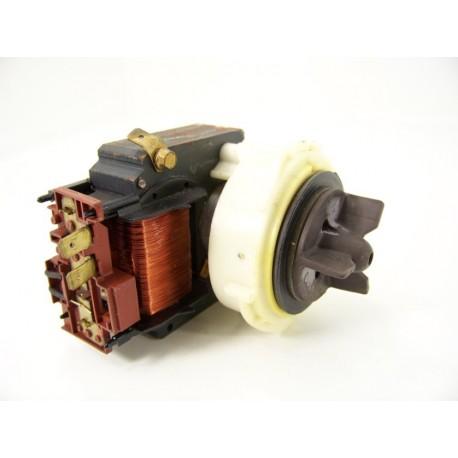 BRANDT THOMSON ref: 51X7463 n°23 pompe de vidange pour lave linge