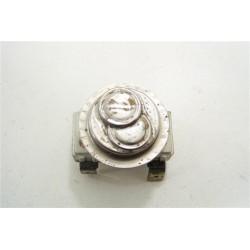 C00046244 ARISTON AL100FR n°101 Thermostat pour lave linge