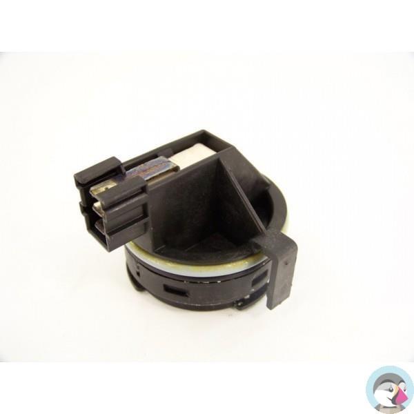 481227128355 whirlpool adg8533wh n 4 d tecteur de pr sence d 39 eau pour lave vaisselle. Black Bedroom Furniture Sets. Home Design Ideas