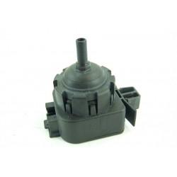 32006187 ESSENTIEL B ELF812D1 N°69 Pressostat électronique de lave linge