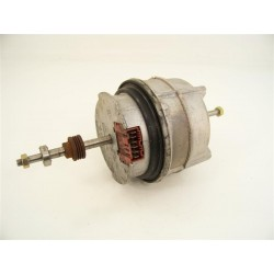 00141350 BOSCH WTL5310 n°2 moteur de sèche linge