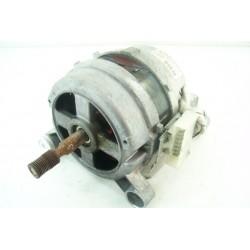 124701000 ARTHUR MARTIN AW862T n°15 moteur pour lave linge
