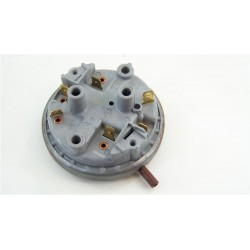 C00031084 INDESIT ARISTON n°51 pressostat pour lave linge