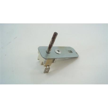 480121103437 WHIRLPOOL AKZM752/IX n°6 Klixon de sécurité pour four