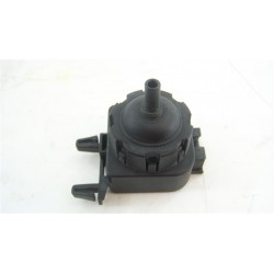 1174745107 ELECTROLUX ESF6637RLW n°121 pressostat analogique de lave vaisselle