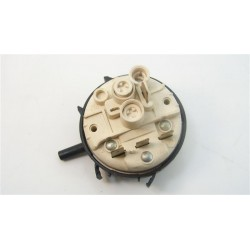 C00052881 INDESIT ARISTON n°37 pressostat pour lave linge