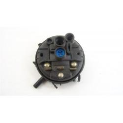 C00094717 ARISTON AVXL125EX n°57 Pressostat pour lave linge