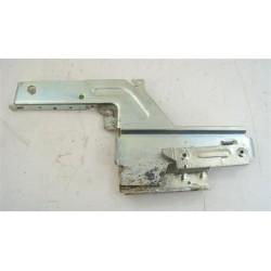 00298570 BOSCH SGS43A92FF/15 N°3 Charnière droite de porte pour lave vaisselle