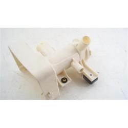1325012019 ELECTROLUX EWW147472W n°102 Carter pour filtre de vidange pour lave linge