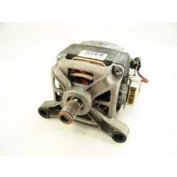 C00114037 ARISTON AVTL120 n°28 moteur pour lave linge