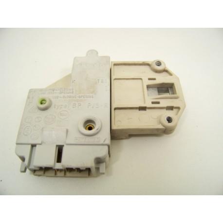 FAURE LFV1260 N°16 sécurité de porte lave linge