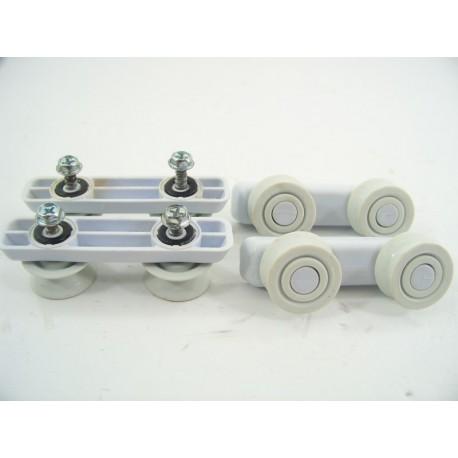 49024364 candy cdp4710 n 10 roue de glissiere sup rieur pour lave vaisselle - Lave vaisselle porte a glissiere ...