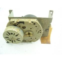 FAURE CFC537 n°37 moteur de verouillage de porte pour four d'occasion