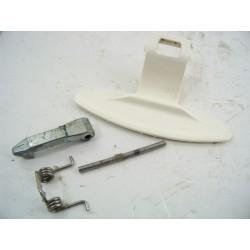 47331 LG WD-10150FB n°208 Poignée de porte de hublot pour lave linge
