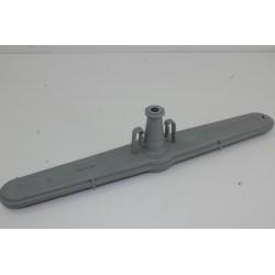 1744400200 BEKO DFS2536S n°85 bras de lavage inférieur pour lave vaisselle