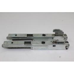 74X3182 SAUTER SFP55BF12 n°71 charniere de porte pour four