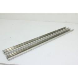 00110668 SIEMENS SN55206/17 n°23 Rail de panier pour lave vaisselle