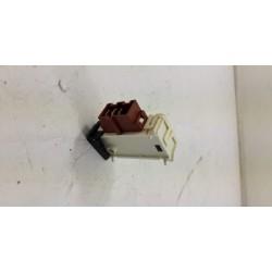 2847740400 BEKO UWM7012CH N°74 sécurité de porte lave linge