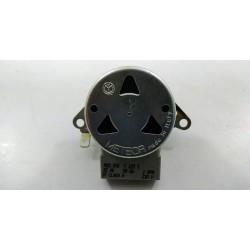 795210276 SMEG SCP108 n°37 Moteur de tourne broche pour four