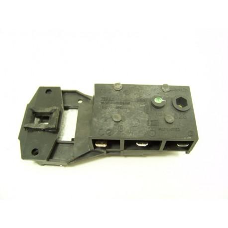 C00011140 INDESIT LNA850 n°12 sécurité de porte lave linge