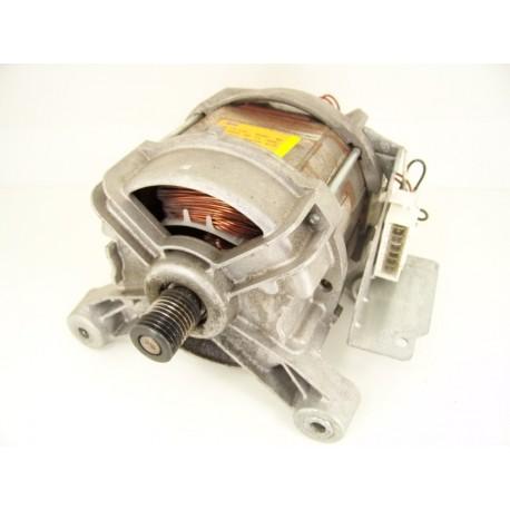 WHIRLPOOL AWO/D7244 n°9 moteur pour lave linge